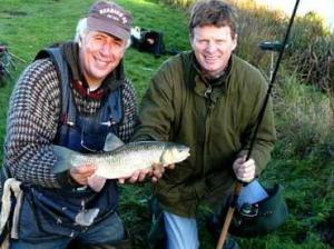 Our National Campaigns Coordinator Martin Salter (l) with former Fisheries Minister Richard Benyon (r)